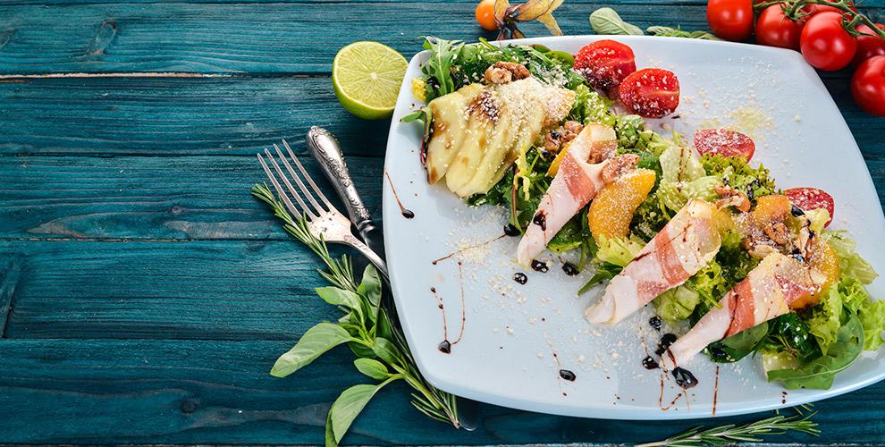Тематический ресторан «Жестокий романс»: меню кухни ибезалкогольных напитков