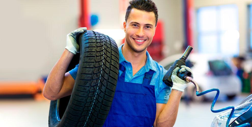 Шиномонтаж, ремонт, балансировка колес и не только от автосервиса «АвтоХит»