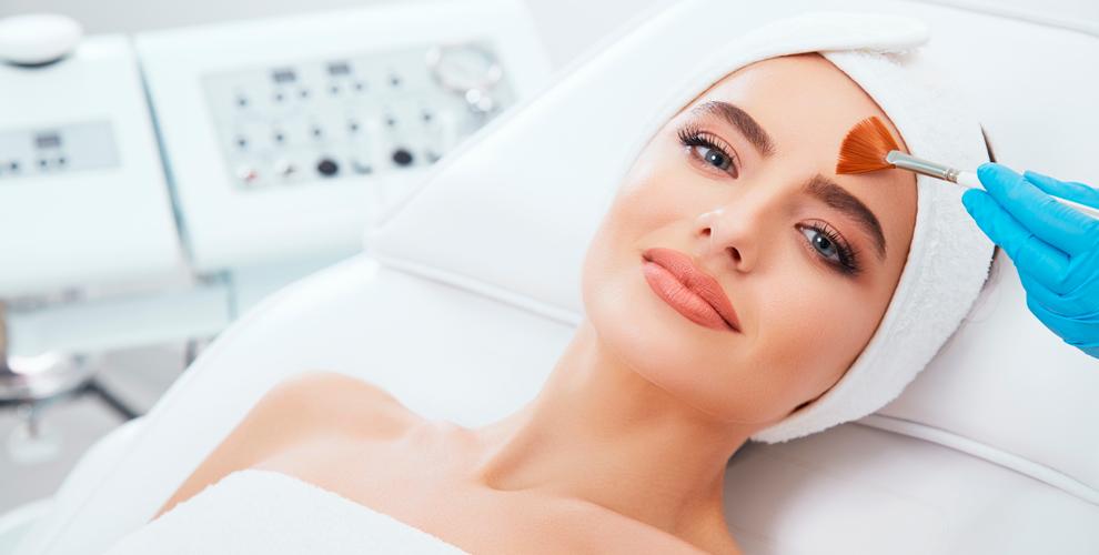 УЗ-чистка лица, лифтинг, LPG, прессотерапия, ИК-сауна в лаборатории красоты Celebrity