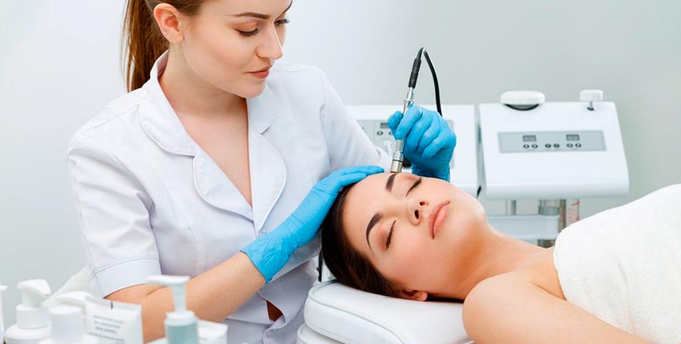"""""""Салон Мастеров Красоты"""" приглашает на косметологические услуги для лица"""