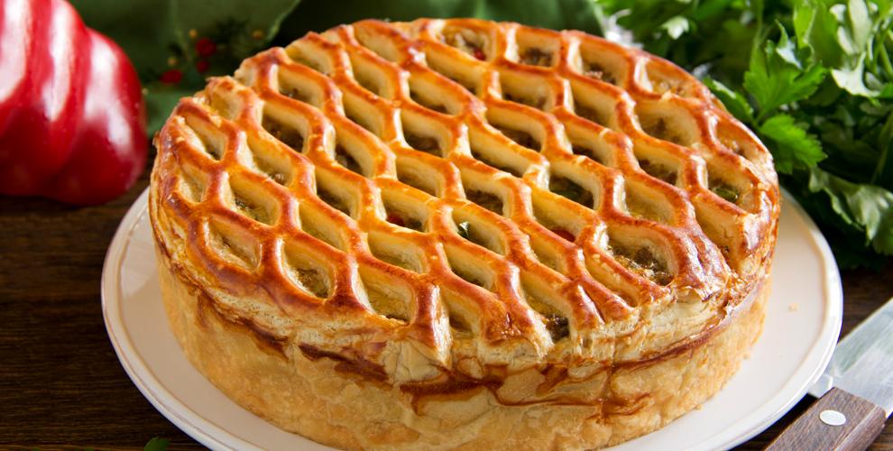 Творожный, фруктовый и шоколадный пироги в пекарне «Добрые пироги»