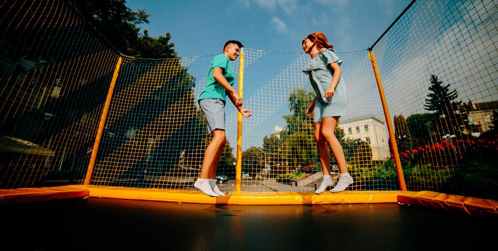 Парк развлечений Zero Gravity : батуты, летняя тюбинговая горка и«зип-лайн»