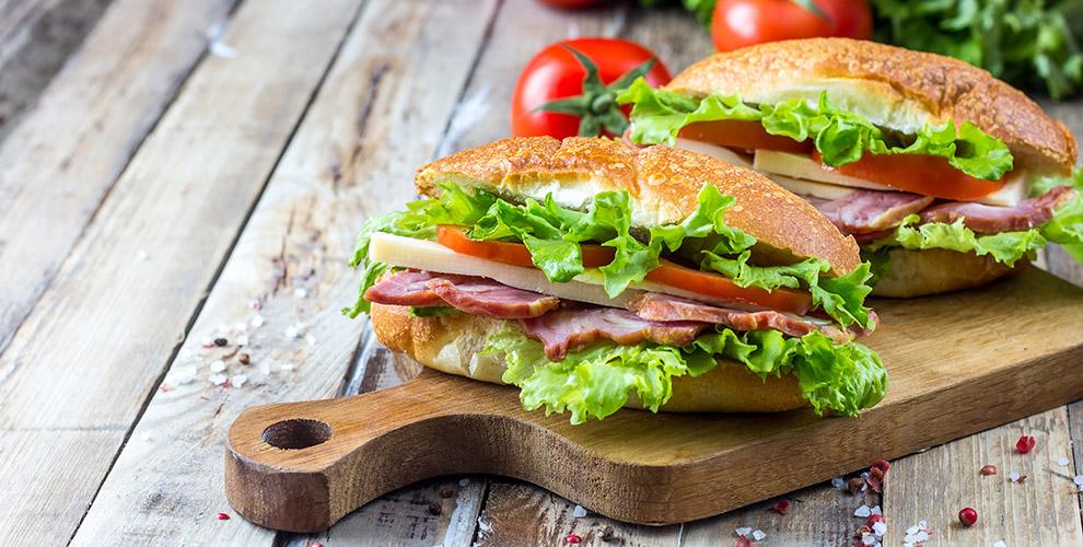 Менюшаурмы, сэндвичей игорячие напитки встрит-фуд кафе BOXFRITES
