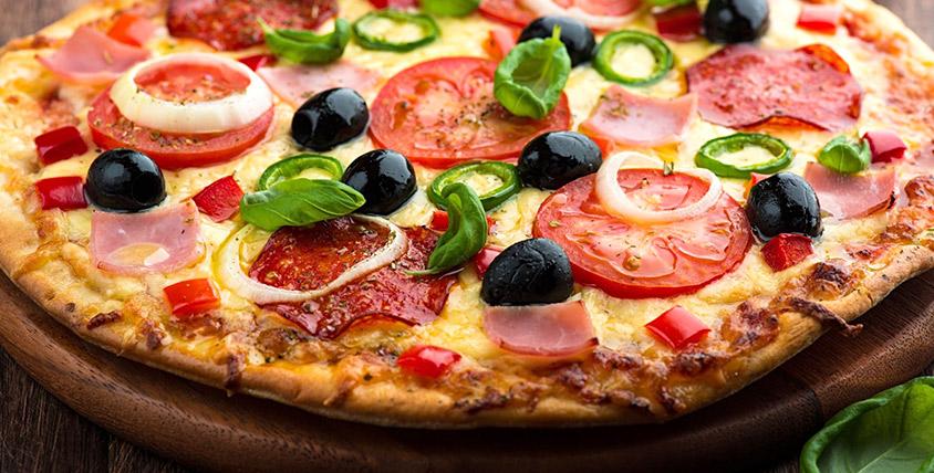 Весь ассортимент итальянской пиццы и ароматных пирогов от службы доставки Lana Pizza