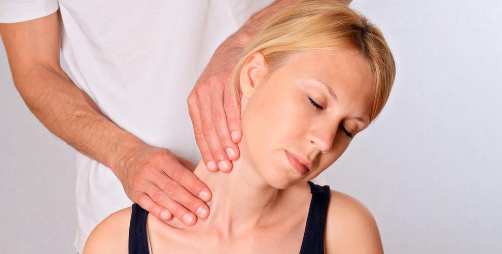 Сеансы мануальной терапии-кинезиологии и консультация врача в клинике «Дианиз»