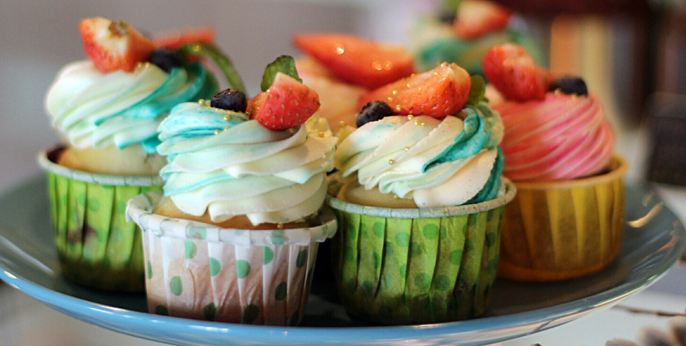 Кафе-кондитерская «Счастливая выпечка»: игротека, десерты изавтраки вассортименте