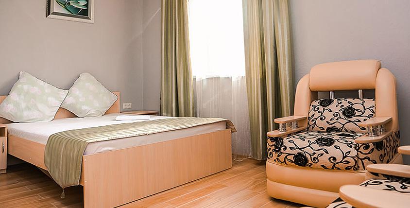 """Современный дизайн для комфортного отдыха! Проживание в номерах """"Люкс"""" и """"Полулюкс"""" в отеле """"Антураж"""""""
