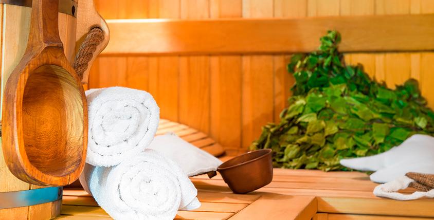 """Посещение бани с мангальной зоной и караоке в банной усадьбе """"С легким паром"""""""