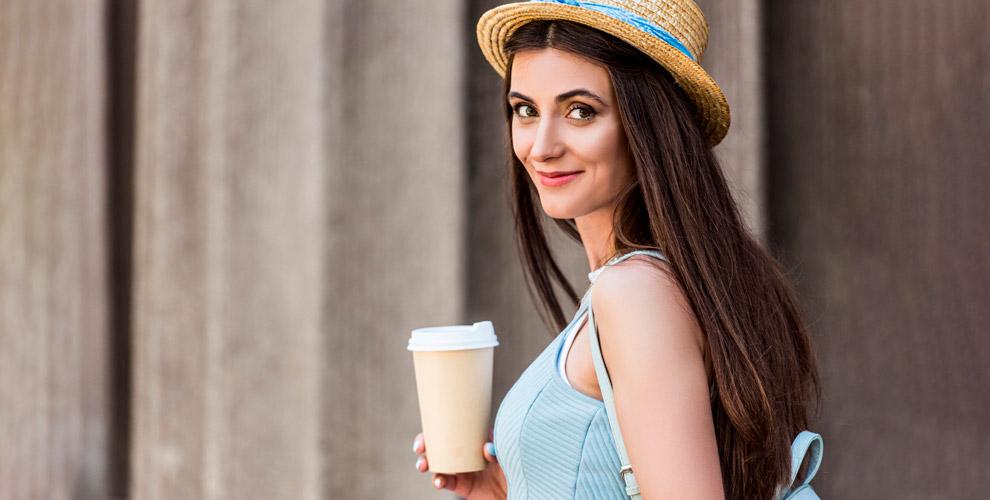 Фирменный кофе, горячий шоколад идобавки вкофейне «ПАНКОФЕ»