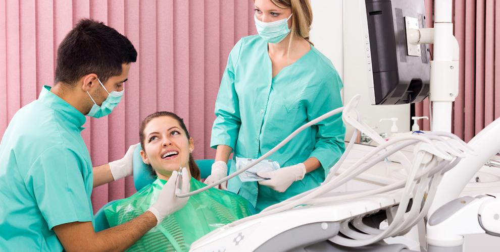 «Центральная стоматология»: профессиональная гигиена полости рта,установка скайса