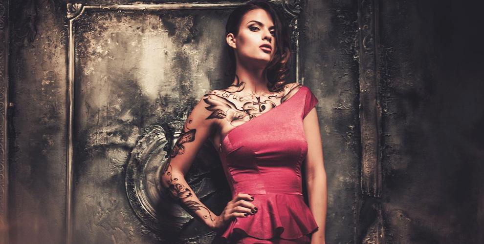 Нанесение татуировки, перманентный макияж век или бровей в студии Black Note