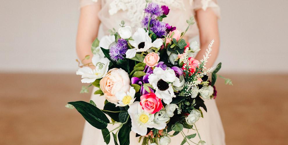 Букеты икомпозиции вавторской цветочной мастерской Easy