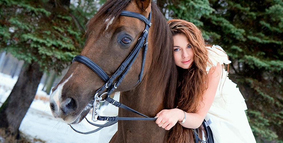 """Верховые прогулки на лошадях в клубе """"Лесной стан"""""""