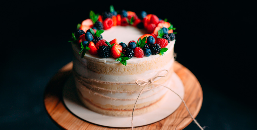 Изготовление праздничного торта навыбор