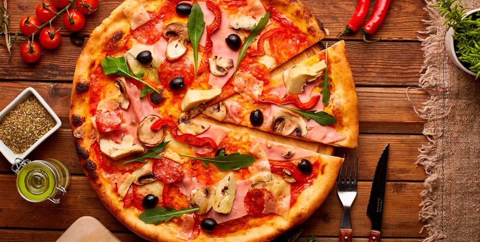 Пиццы «Маргарита» 35см,«Пепперони» и«4сыра» от174руб.впиццерии PIZZA CLUB