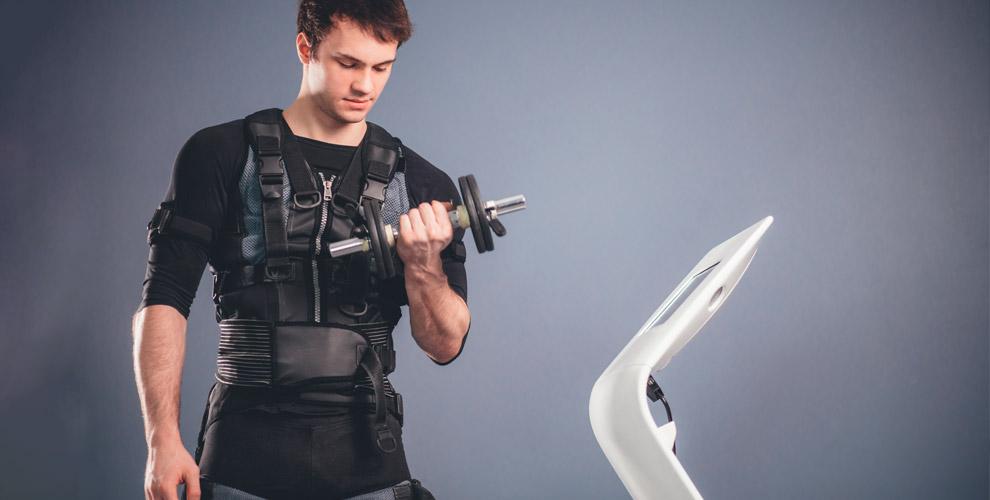 Индивидуальные EMS-тренировки илимфодреннажный массаж вклубе «Эрудит»