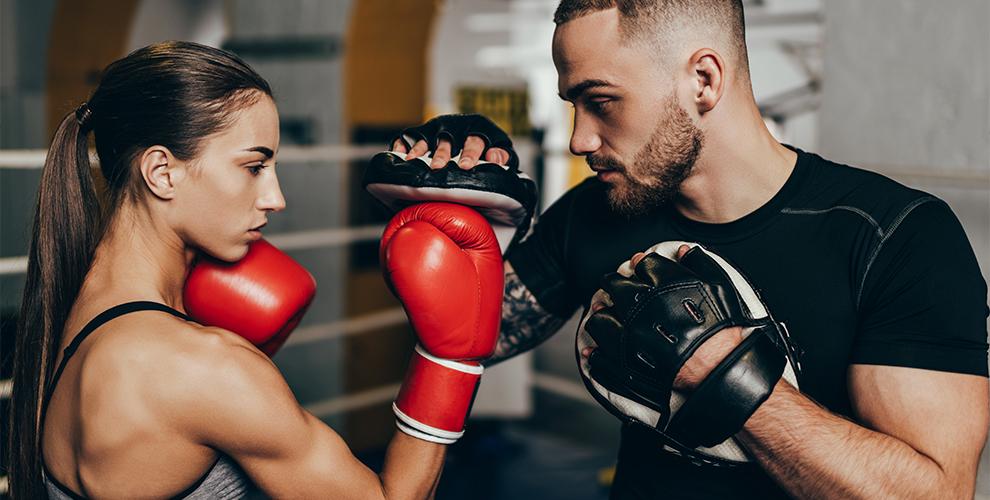 Бесплатный абонемент на месяц групповых занятий боксом в клубе «Ломоносовъ»