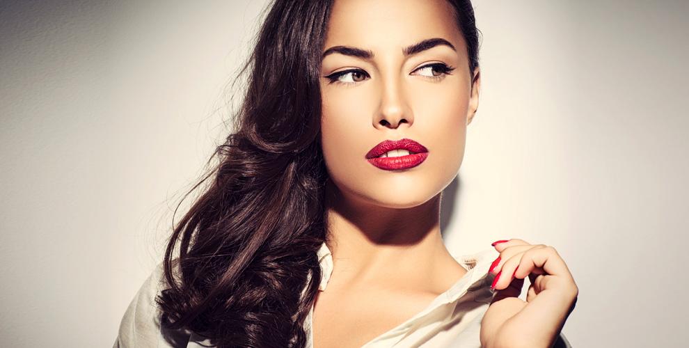 Перманентный макияж бровей, губ и век, а также косметология лица в салоне «Лилия»