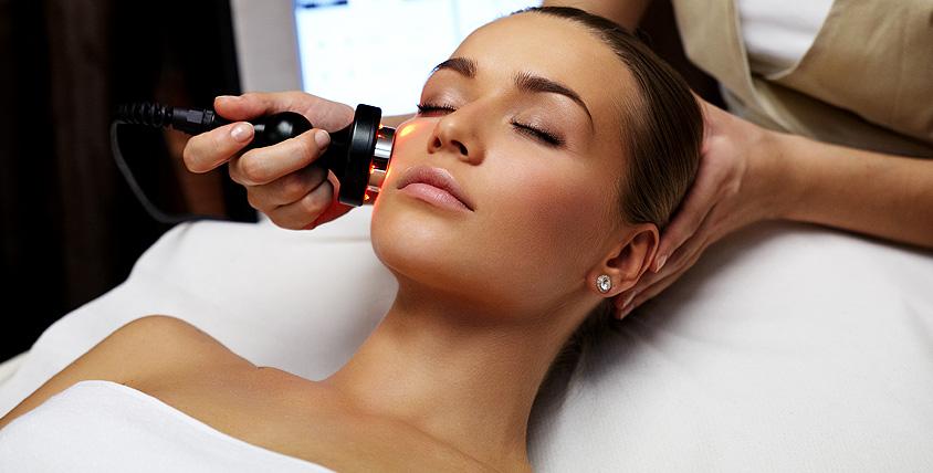 """Инъекционная биоревитализация и УЗ-чистка лица, """"АкнеТерапия"""" и бесплатная консультация в салоне красоты Beauty trend"""