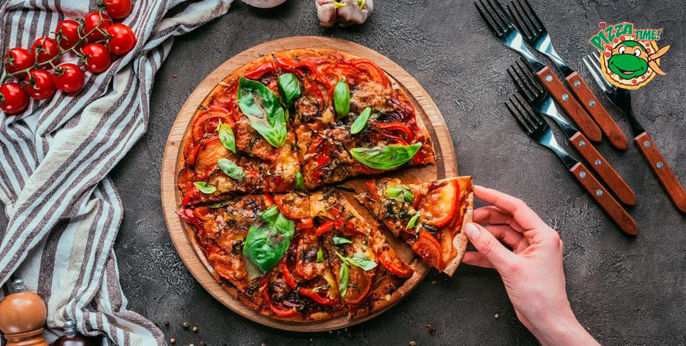 Разнообразное меню пиццы от компании Your Pizza Time