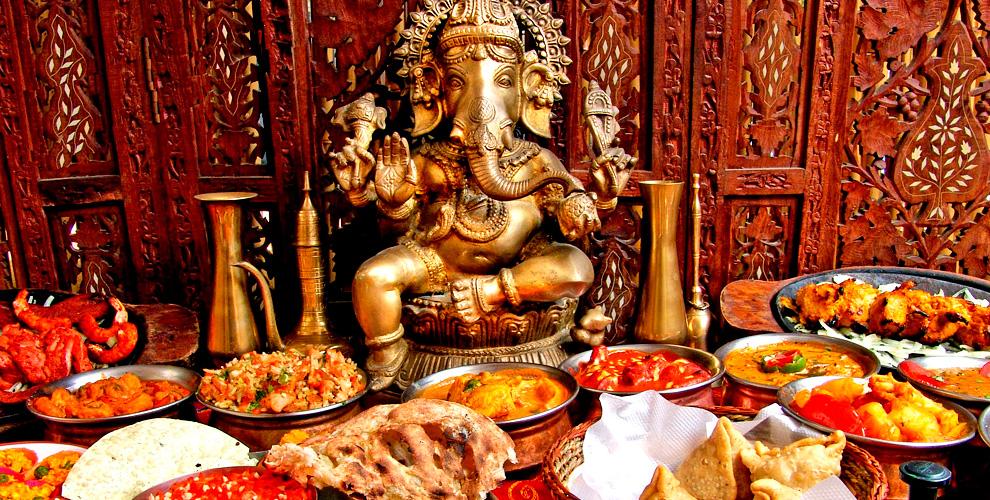 Все меню кухни и напитки в индийском кафе Tandoor & Grill
