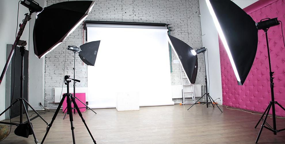 Arthall: аренда фотостудии, гримёрной зоны ипрофессиональногооборудования