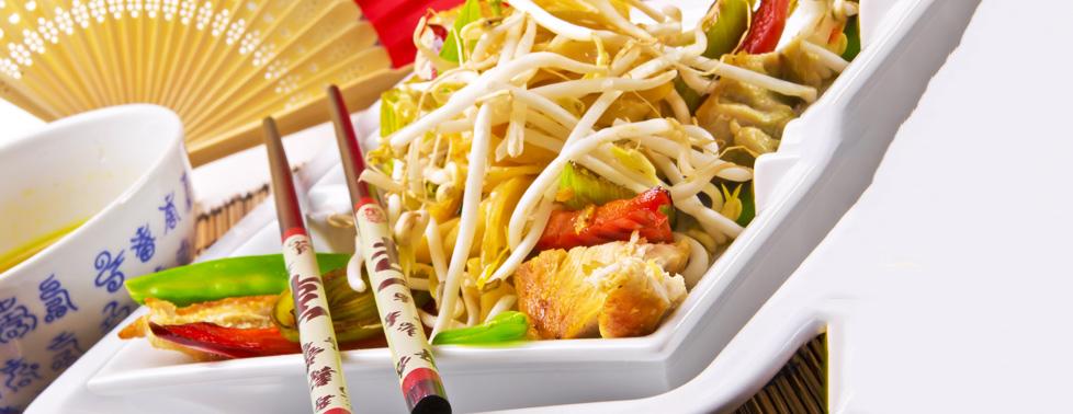 """Все меню кухни, домашнее пенное и виноградный напиток в ресторане """"Мао"""". Восточная кухня найдет путь к сердцу каждого!"""