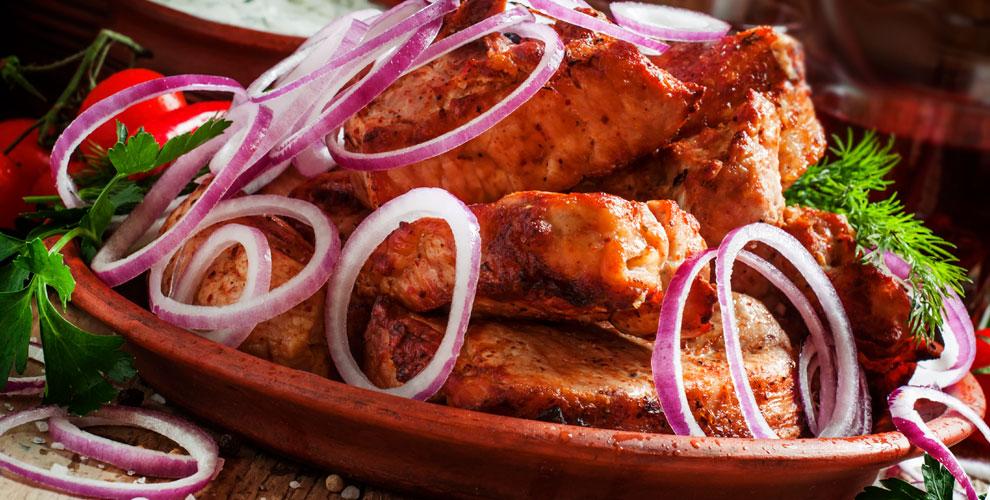 Шашлык из свинины, курицы и шаурма от закусочной «Шаурма классик»