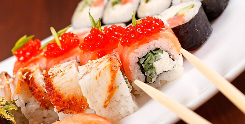 """Всё меню японской кухни и лапша Wok от службы доставки """"Кушай суши"""". Большая порция вашего удовольствия!"""