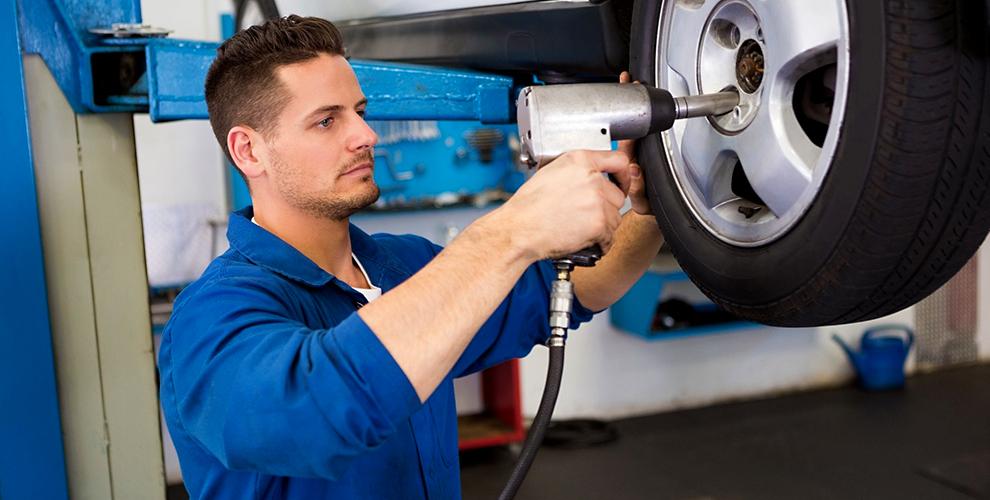 Шиномонтаж колес автомобилей в сети мастерских «Мастер»