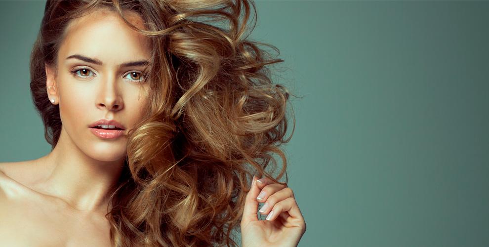 Парикмахерские услуги, перманентный макияж, маникюр и шугаринг в салоне Beauty Club