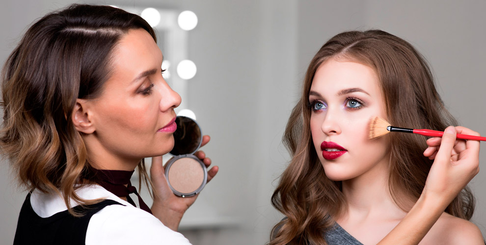 Создание макияжа и прически от мастера Валерии Зенковской