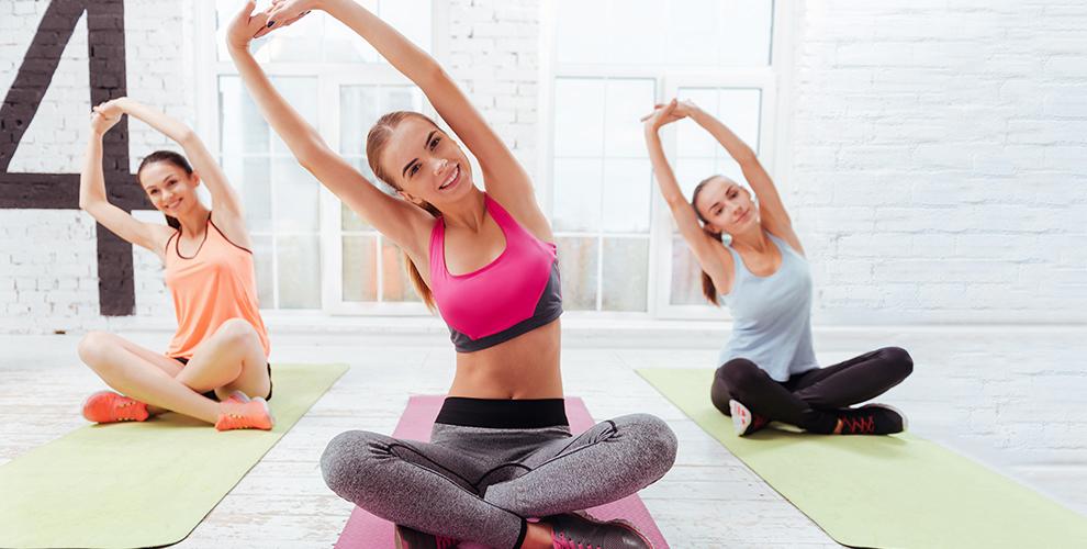 Занятия хатха-йогой и посещение тренажерного зала в фитнес-студии «Студия Кватро»