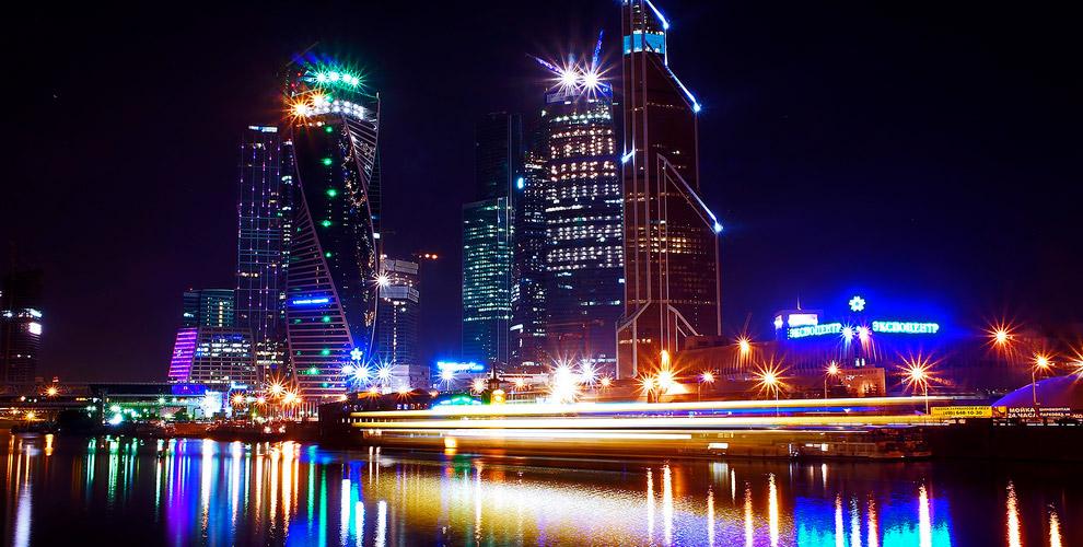 Вечер в небоскребе, экскурсия, речной вояж на теплоходе в Moscow City Weekend