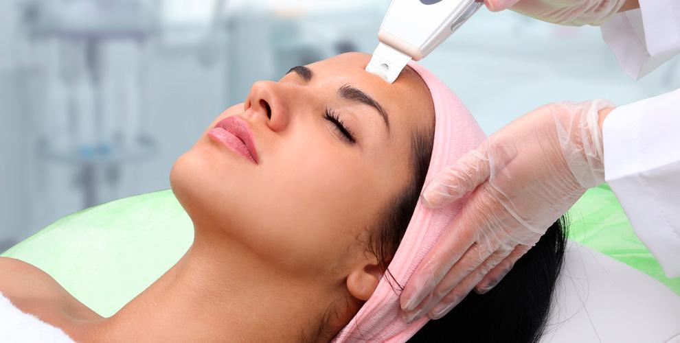 Клиника эстетической косметологии Amster Dama: УЗ-чистка, инъекции, пилинг