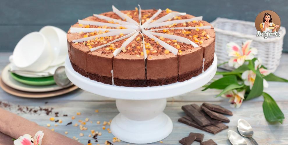 Муссовый торт и ассорти десертов в баночках от интернет-магазина bcstore.ru