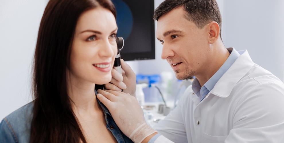 Консультация ЛОРа, обследование слуха и диагностика организма в центре «Инфо-Медика»