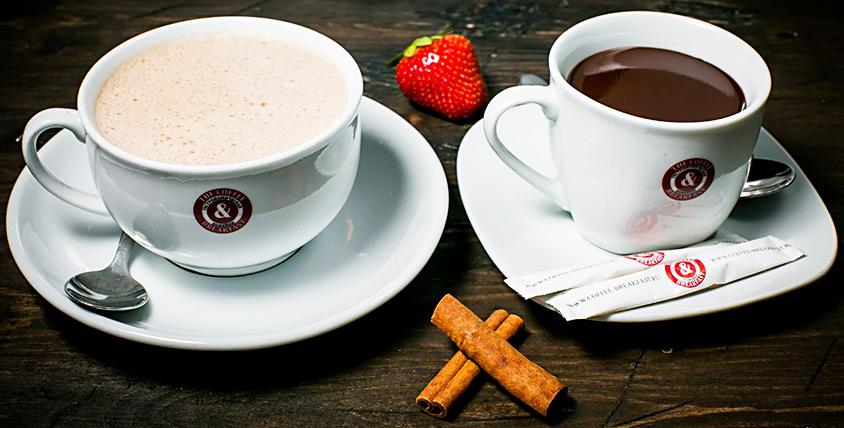 Кофе, чай, горячие блюда, закуски, сэндвичи и многое другое в кофейне The Coffee & Breakfast
