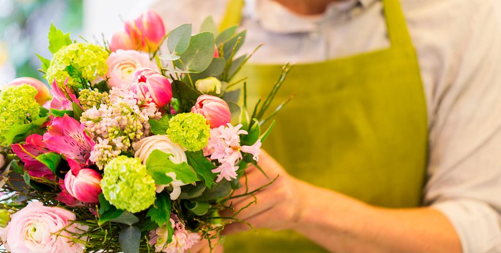 Букеты для любимых, розы, лилии, герберы и не только в магазине цветов «Болеро»