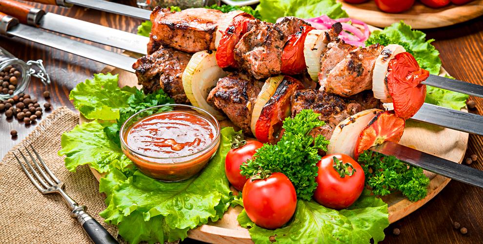 Восточные блюда в кафе «Шашлык-Хауз»