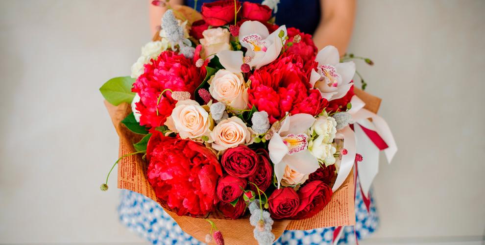 Букеты длялюбимых, композиции, розы, герберы, альстромерии вмагазине «Болеро»