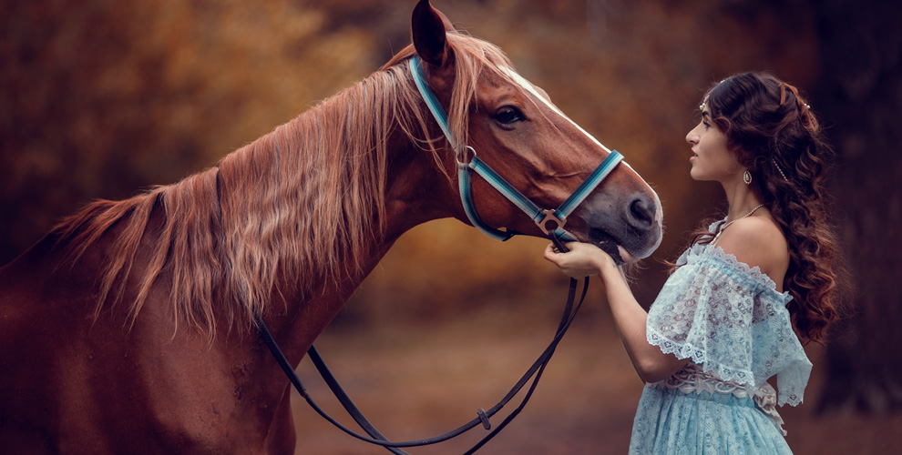"""Конная прогулка с фотосессией в конно-спортивном клубе """"Адмирал"""""""