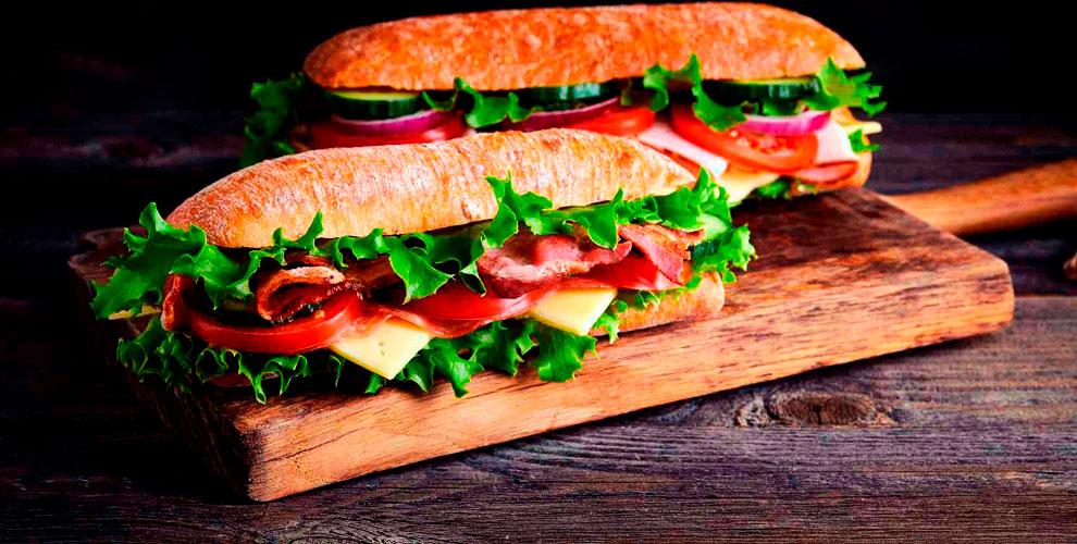 Сэндвичи, салаты и роллы от ресторана быстрого обслуживания Subway