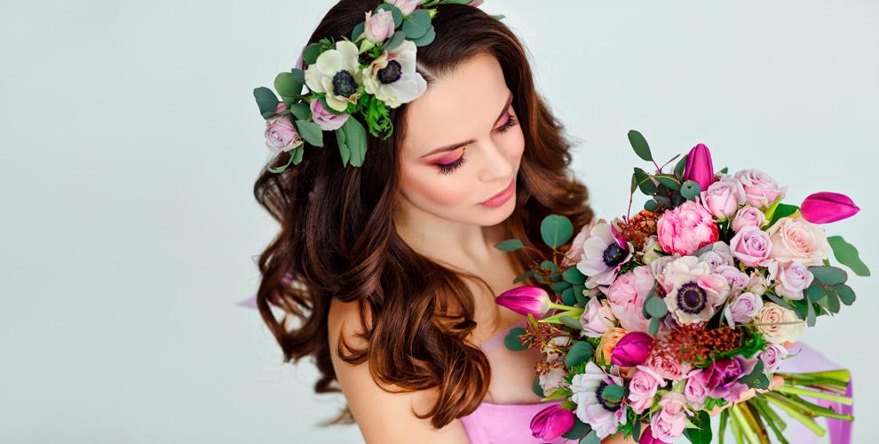 Букеты и композиции из цветов, свадебные аксессуары от доставки Kaktus-Flo