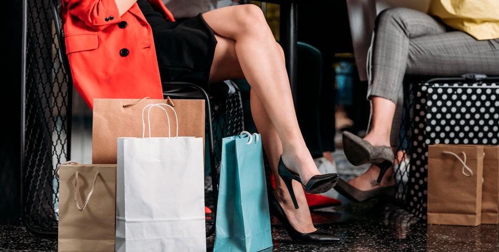 Ассортимент сапог, ботинок иботильонов, туфель ибосоножекотмагазина «Море обуви»