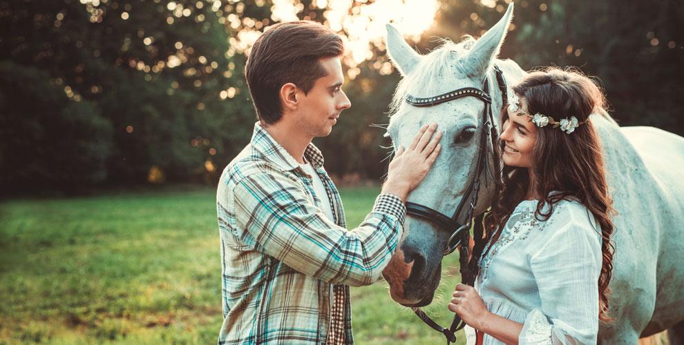 «Серебряное копытце»: катание налошади, романтическое свидание