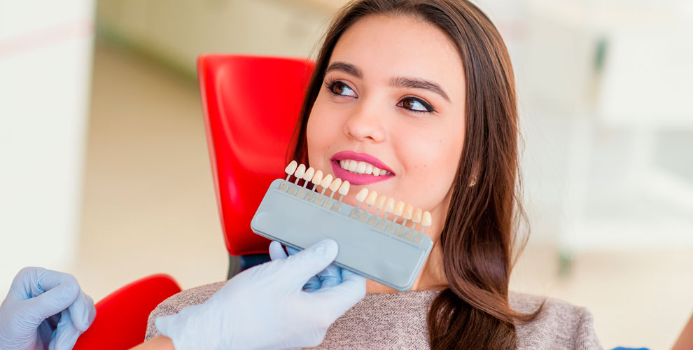 Косметическое отбеливание зубов встудии красоты Beauty room