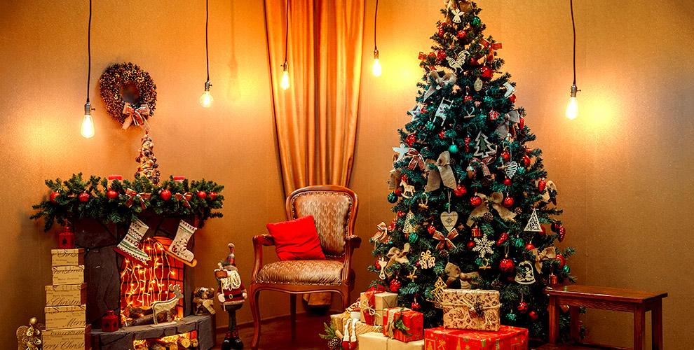 Искусственные ёлки с шишками и светящимися диодами от компании «Новогодние ёлки»