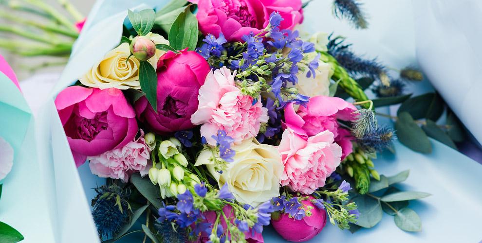 Розы, альстромерии, герберы ибукеты вмагазине «АУРА»