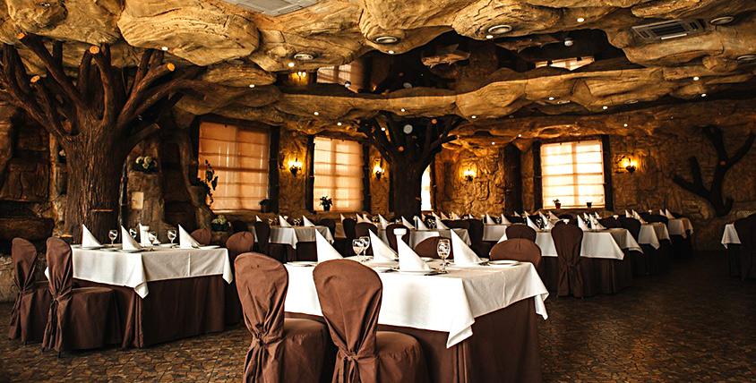 Все меню, безалкогольные напитки и карта бара в ресторане Santorini